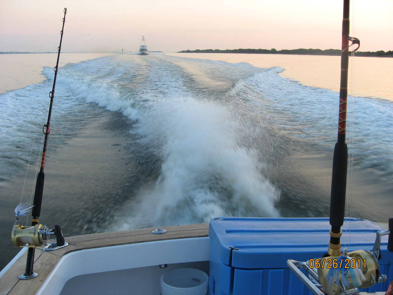 Outer banks charters offshore pics for Fishing charters outer banks