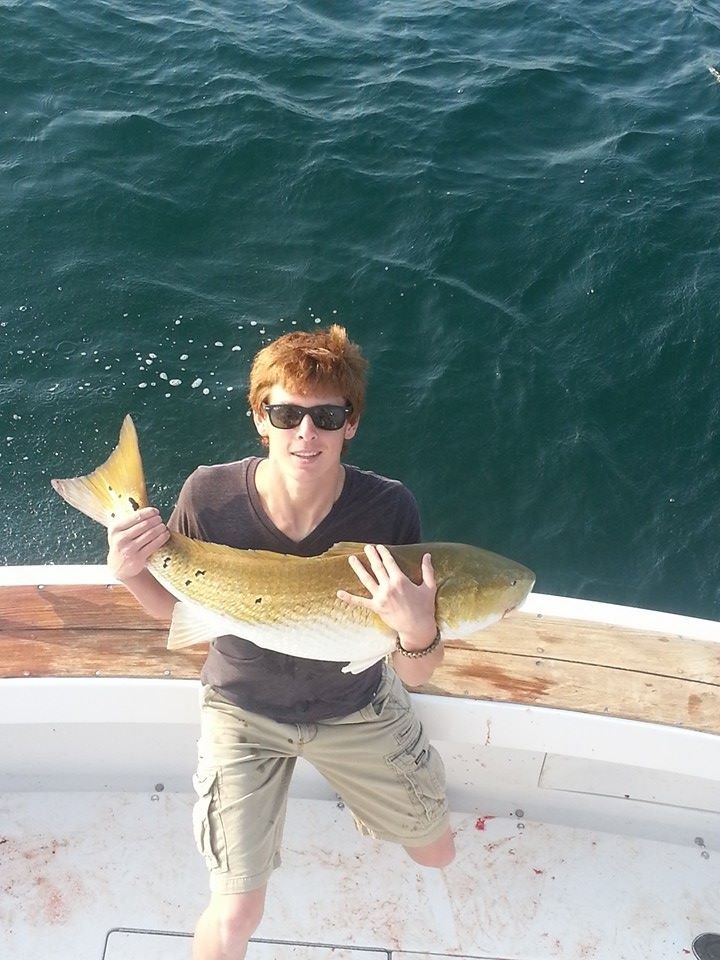 Outer banks charters big drum catch and release for Outer banks fishing